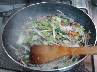 野菜炒めで青梗菜を使いました