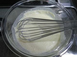 天ぷら粉を混ぜ合わせるの図